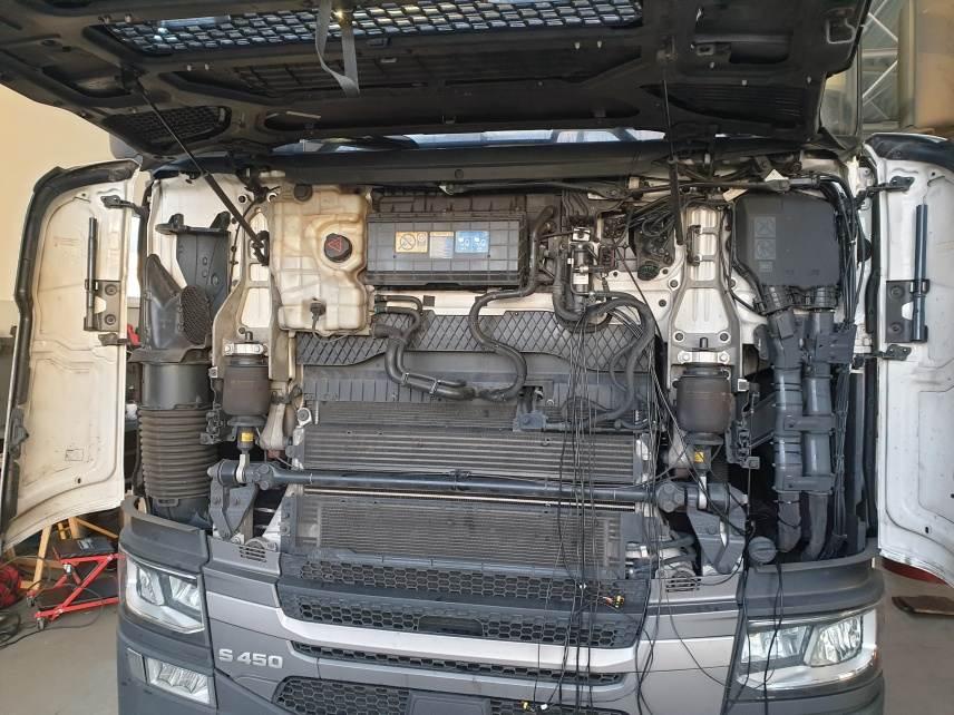 Scania S450 Diesel CNG