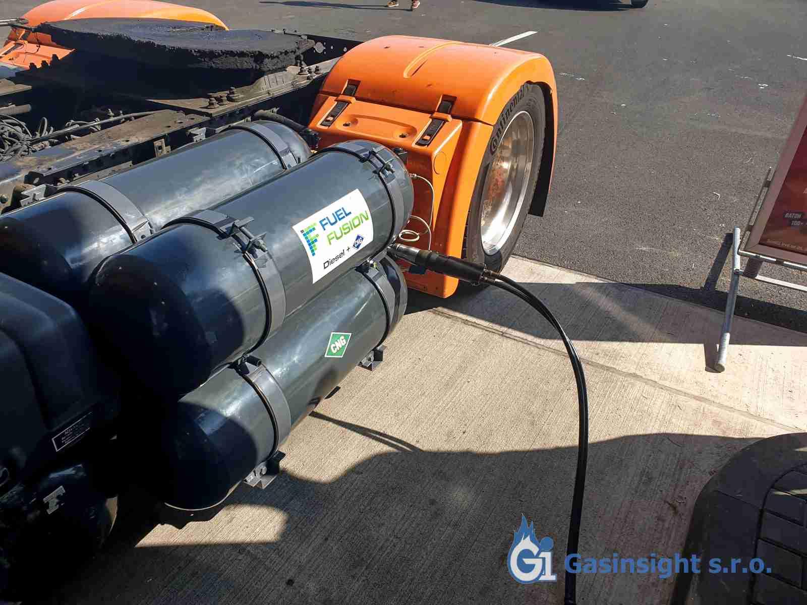 MAN TGX 18.440 Diesel CNG - první tankování CNG po přestavbě