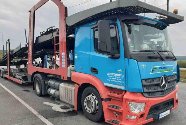 Mercedes Actros 1843 Euro 6 na duální pohon Diesel CNG se systémem Fuel Fusion