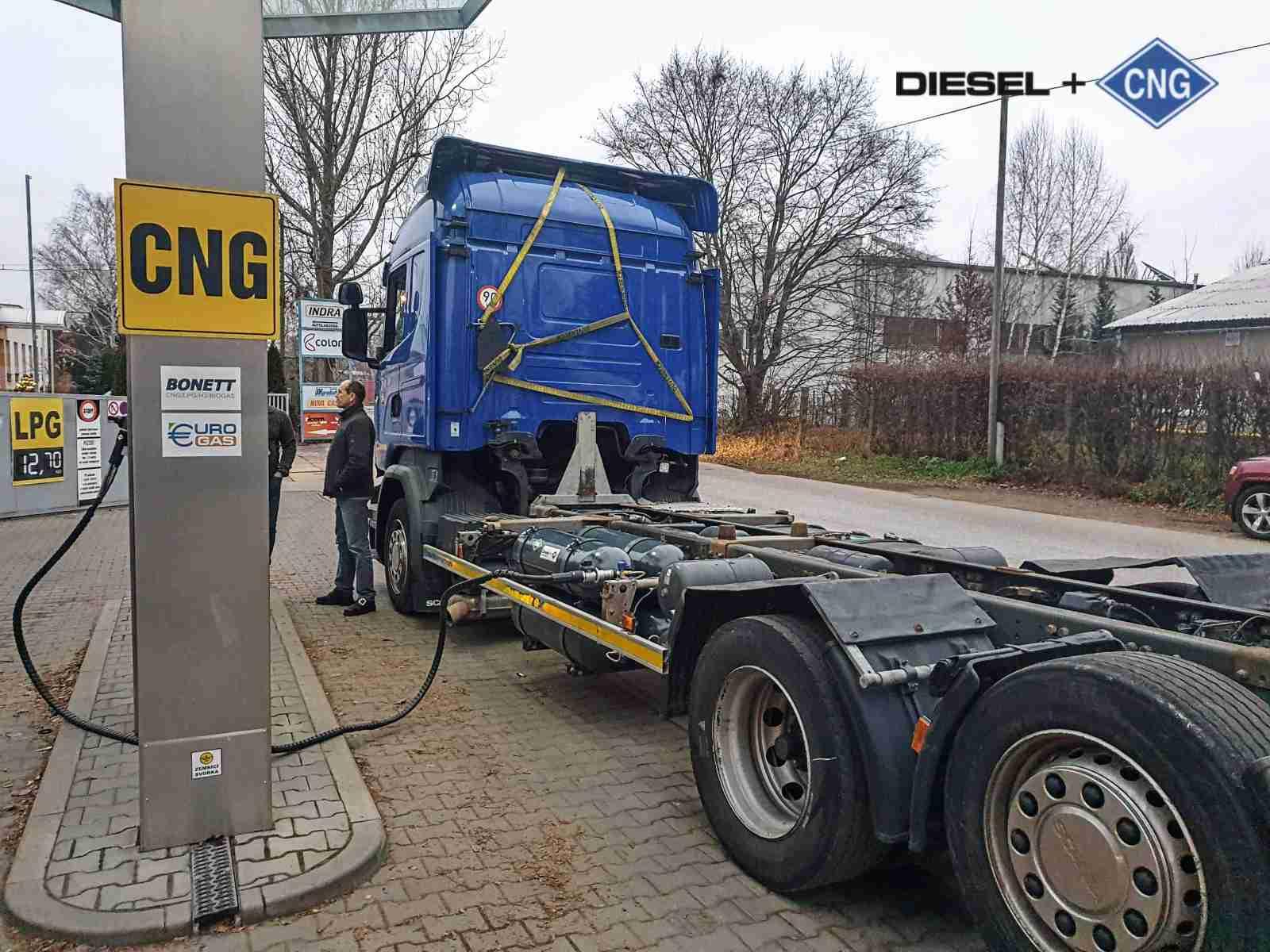Scania R450 Diesel CNG nosič kontejnerů na duální pohon nafta a CNG