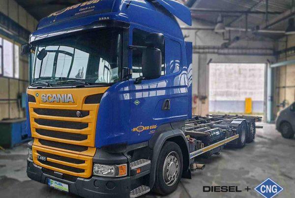Scania R450 kontejner Diesel CNG