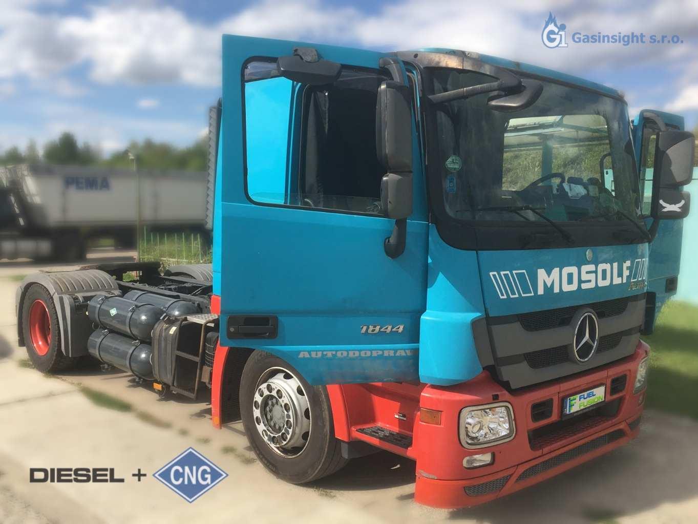 Mercedes Actros 1844 LOHR 2013 Diesel CNG